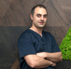 Dr. Farshad Balazadeh - Medic specializare Ortodontie